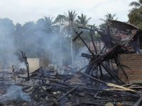 8 Rumah Warga Limboro Ludes Terbakar