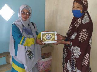 Sambut Pergantian Tahun, Komunitas SJS Bagikan 1000 Al Quran