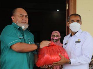 Penyerahan Bantuan dari BPJS Ketenagakerjaan untuk Korban Gempa di Sulbar