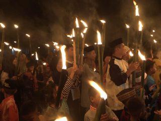 Meriahkan Malam Takbiran, Warga Desa Riso-Tapango Gelar Pawai Obor